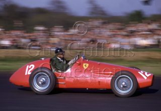 C-3-61–J-M-Hawthorn–Ferrari-500-F2–Silverstone–09-05-1953.jpg - Guy Griffiths Collection