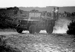 05-723–R-W-Faulkner–Willys-Jeep–Cockley-Hill–10-08-1947.jpg - Guy Griffiths Collection
