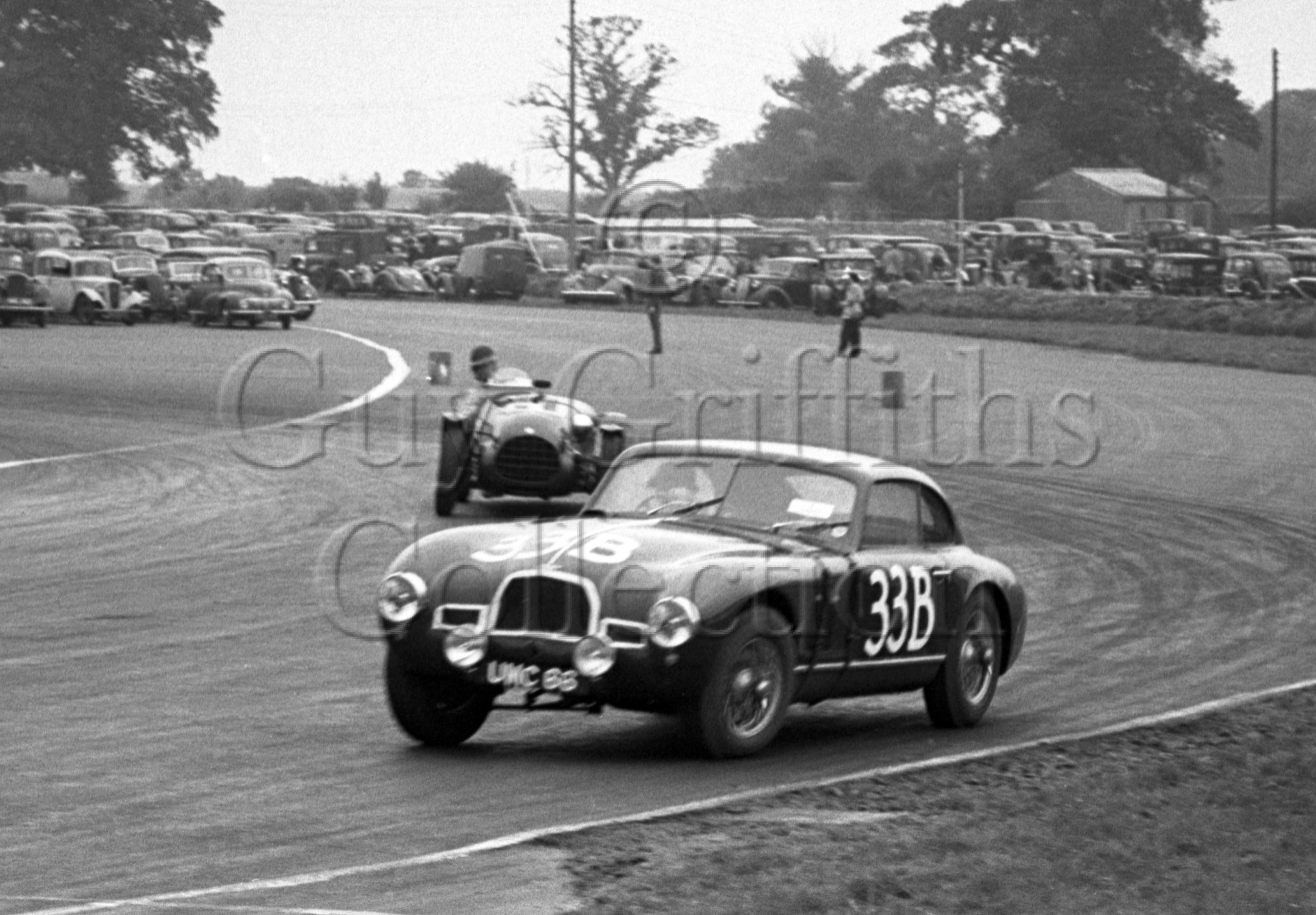 60-94–W-J-Sykes–Aston-Martin-DB2-2580cc–Silverstone–30-08-1952.jpg - Guy Griffiths Collection