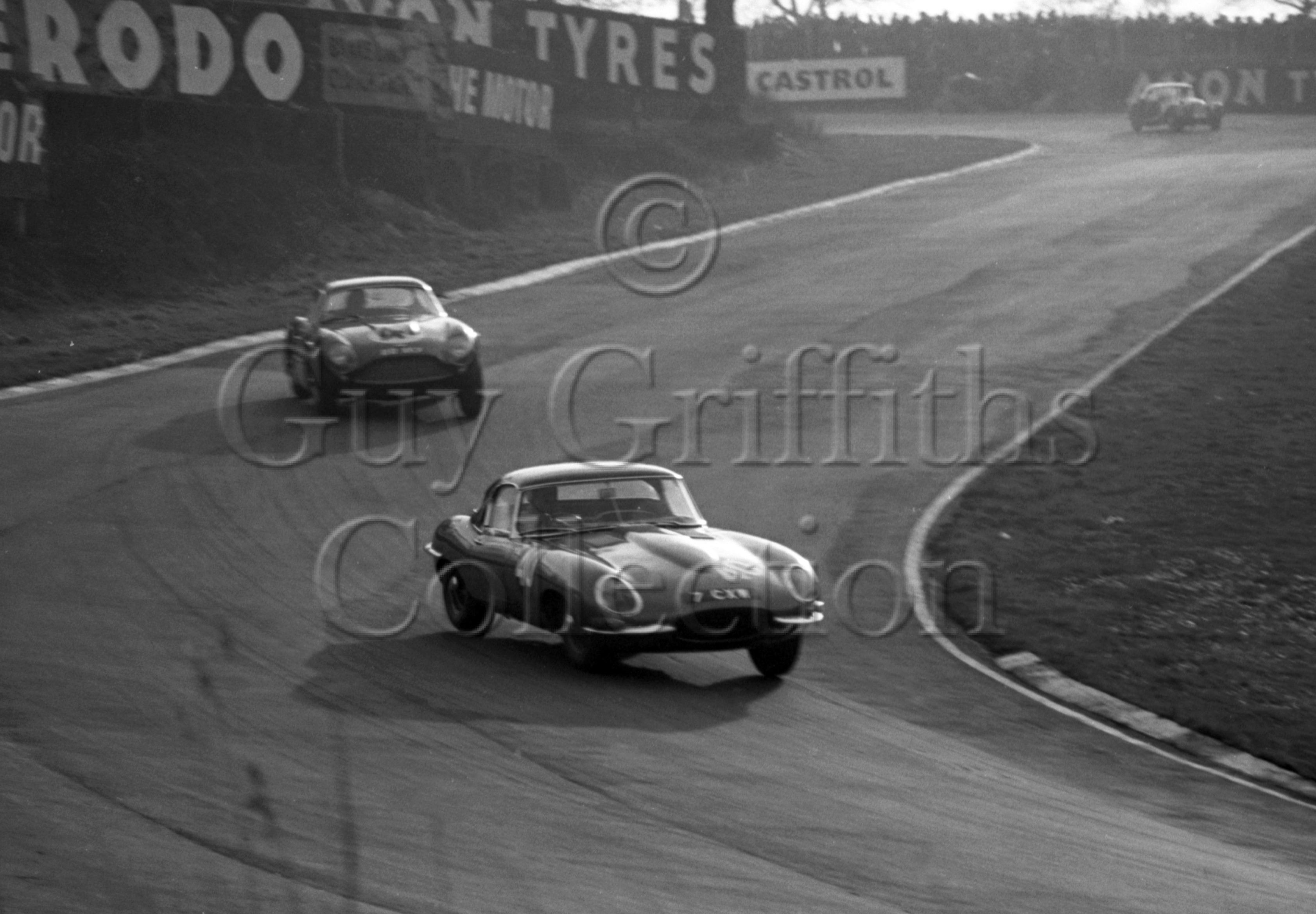 74-511–K-Baker–Jaguar-E-Type-7-CXW–Brands-Hatch–26-12-1962.jpg - Guy Griffiths Collection