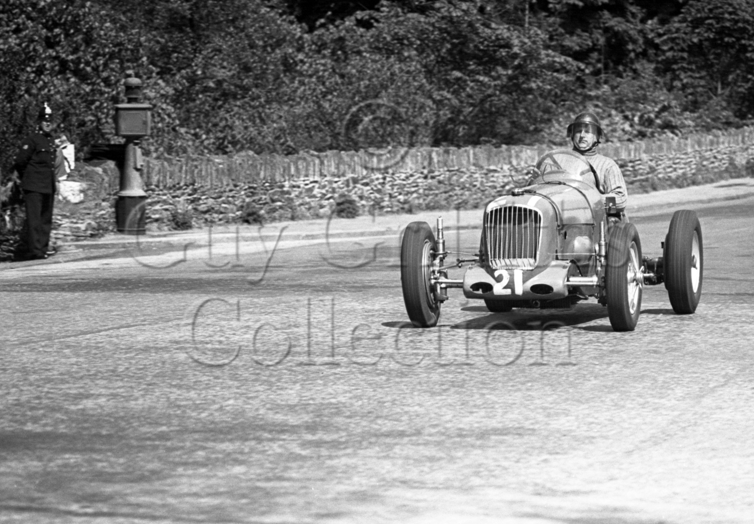 3-195–I-H-Nickols–Parnell-MG-K3–Isle-of-Man–25-05-1948.jpg - Guy Griffiths Collection