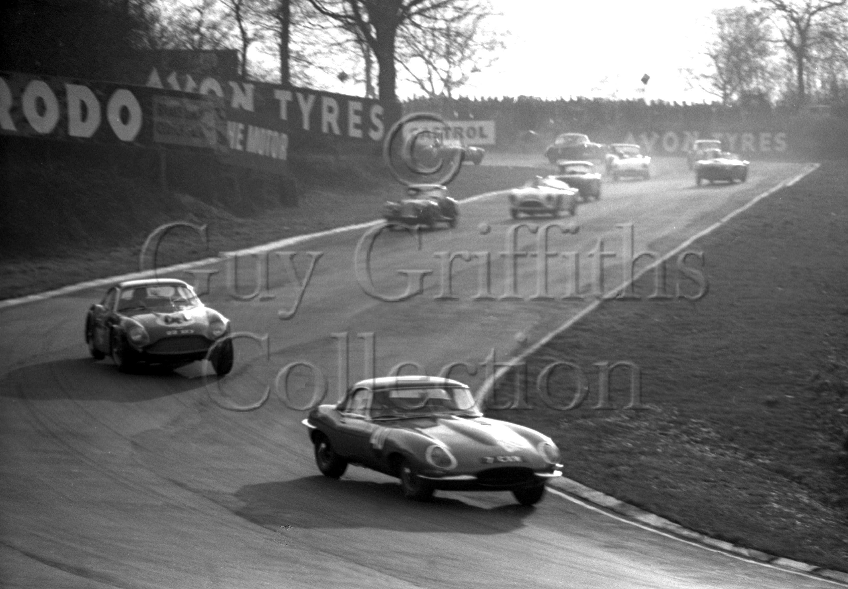 74-504–K-Baker–Jaguar-E-Type-7-CXW–Brands-Hatch–26-12-1962.jpg - Guy Griffiths Collection