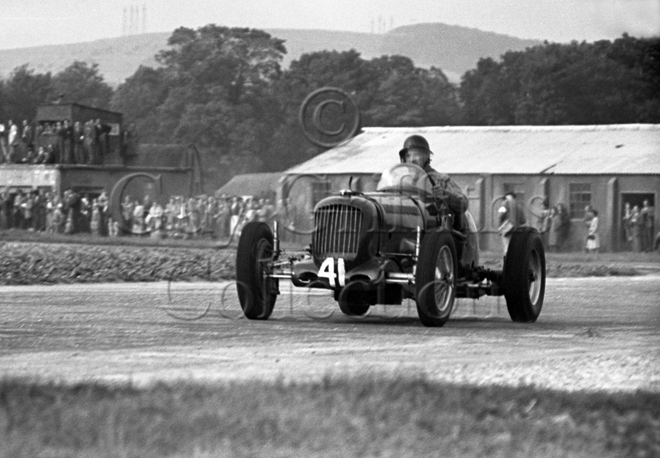 8-284–I-H-Nickols–Parnell-MG-K3–Goodwood–18-09-1948.jpg - Guy Griffiths Collection