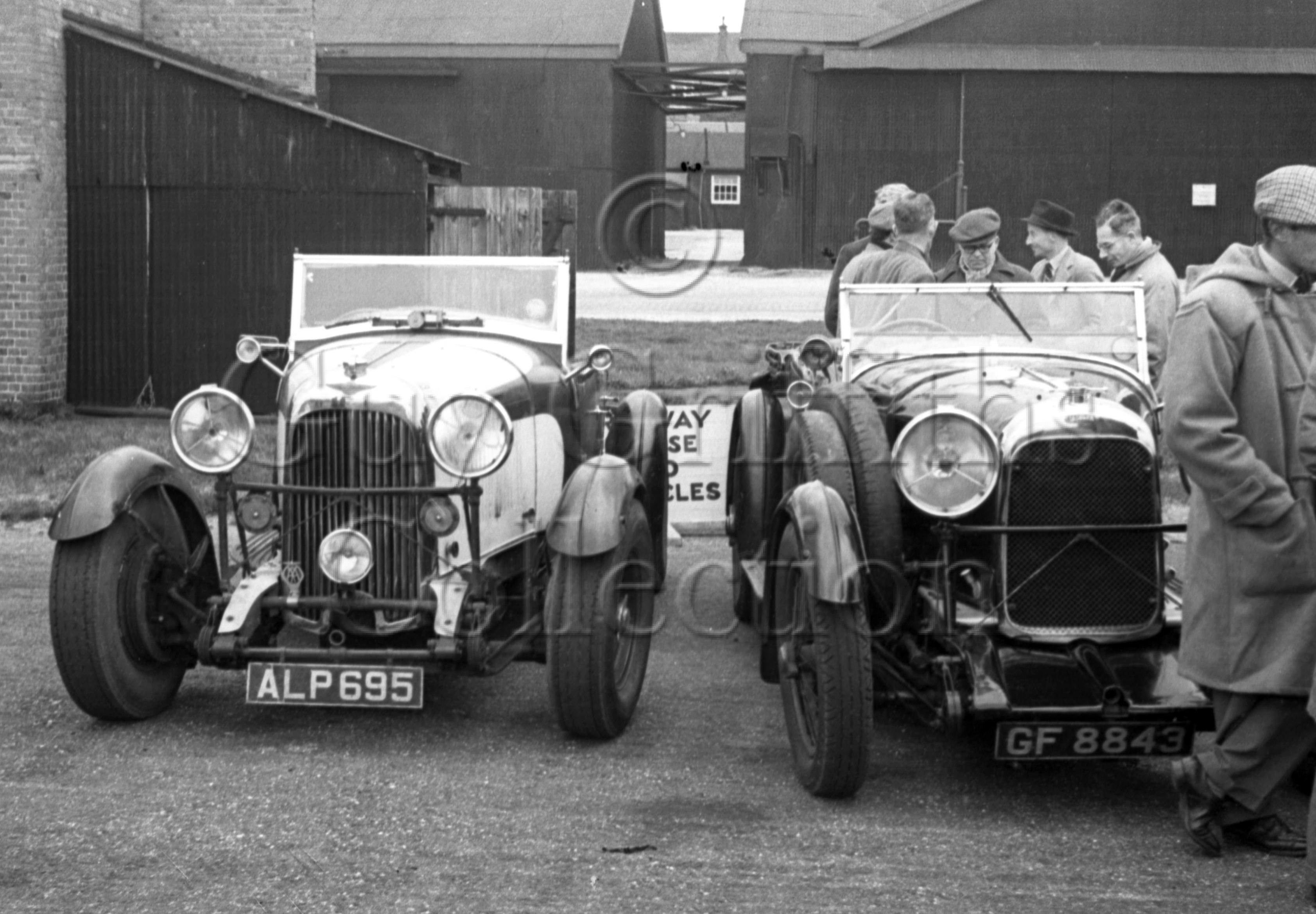 03-366–Lagonda-Rally–Farnborough–20-04-1947.jpg - Guy Griffiths Collection
