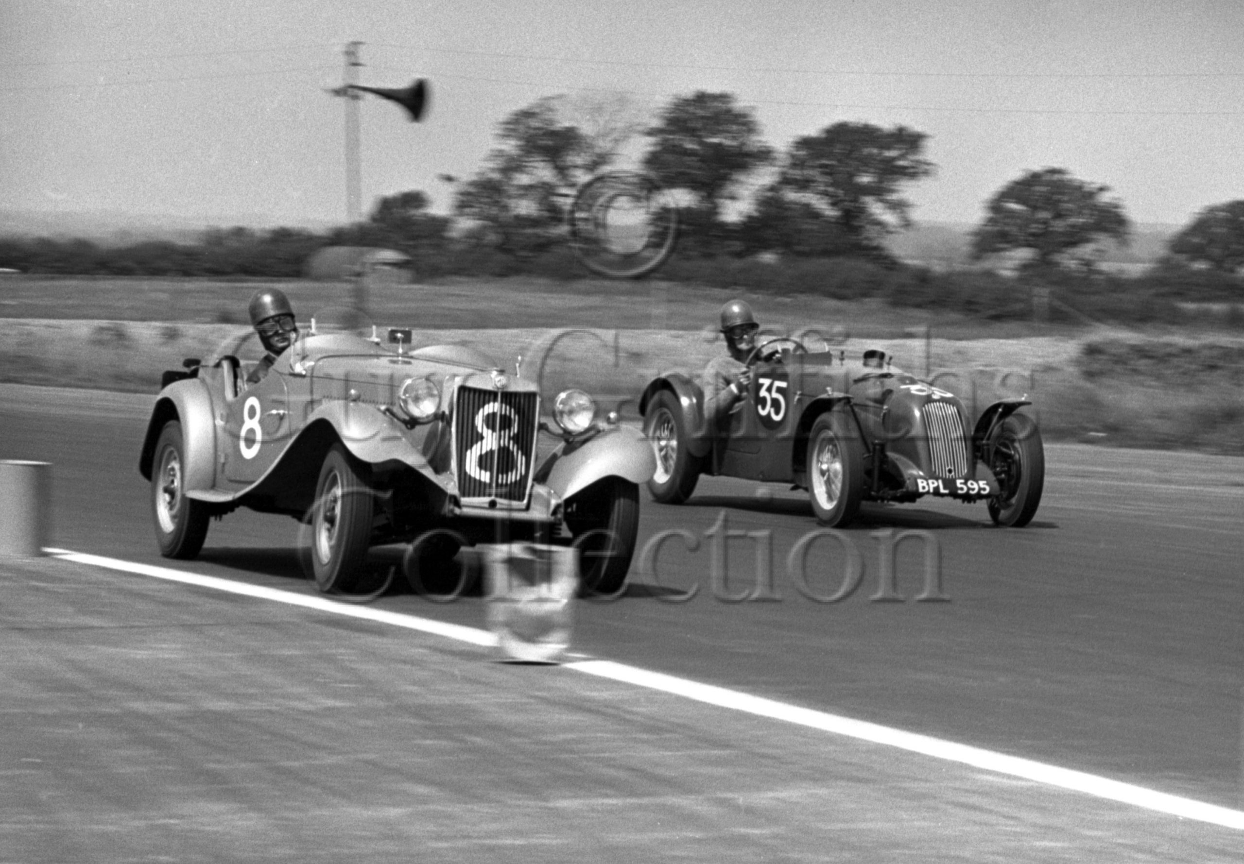 56-601–A-J-Caunt-8–S-A-Mitchell-35–MG–Silverstone–05-06-1952.jpg - Guy Griffiths Collection