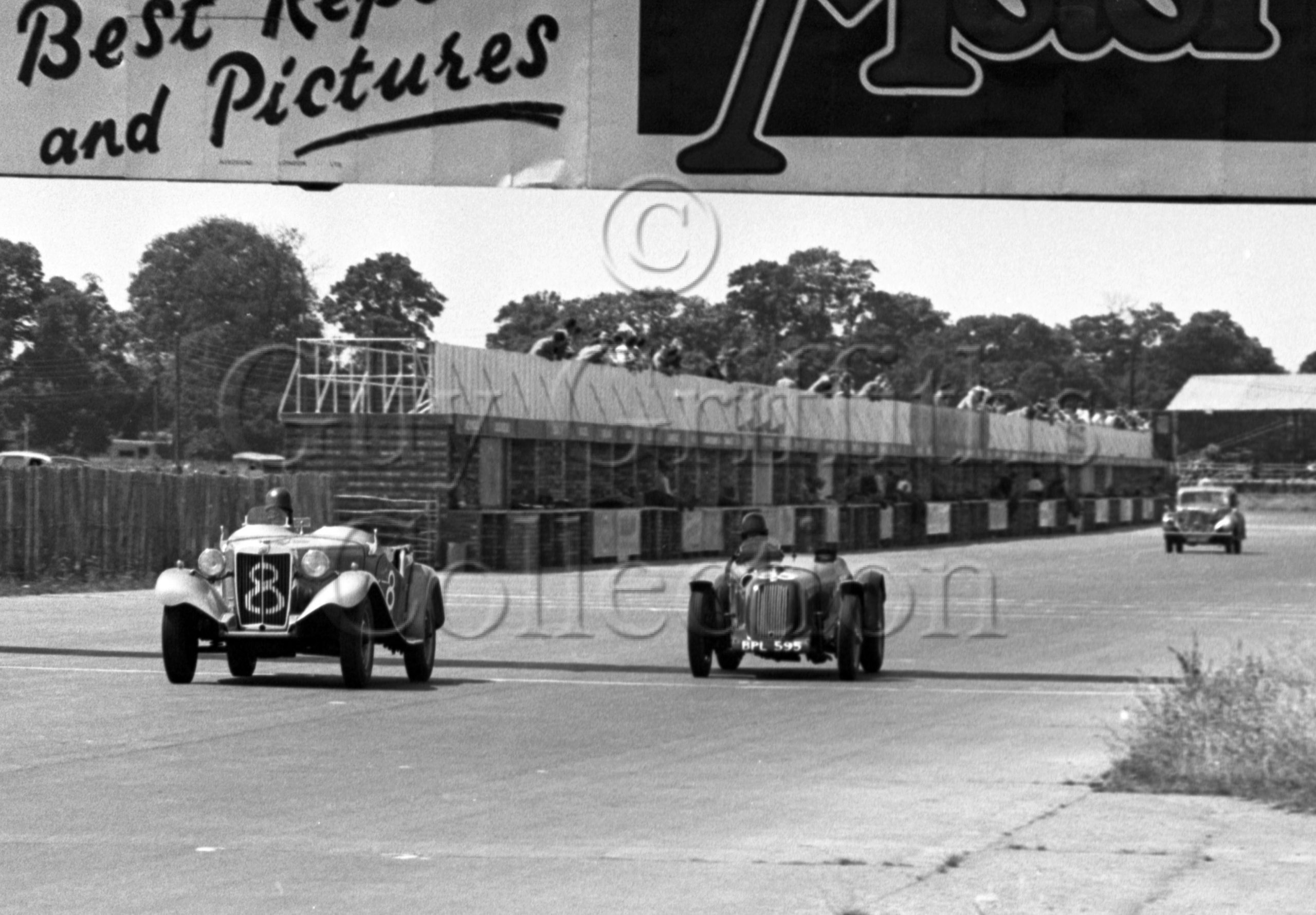 56-631–A-J-Caunt-8–S-A-Mitchell-35–MG–Silverstone–05-06-1952.jpg - Guy Griffiths Collection