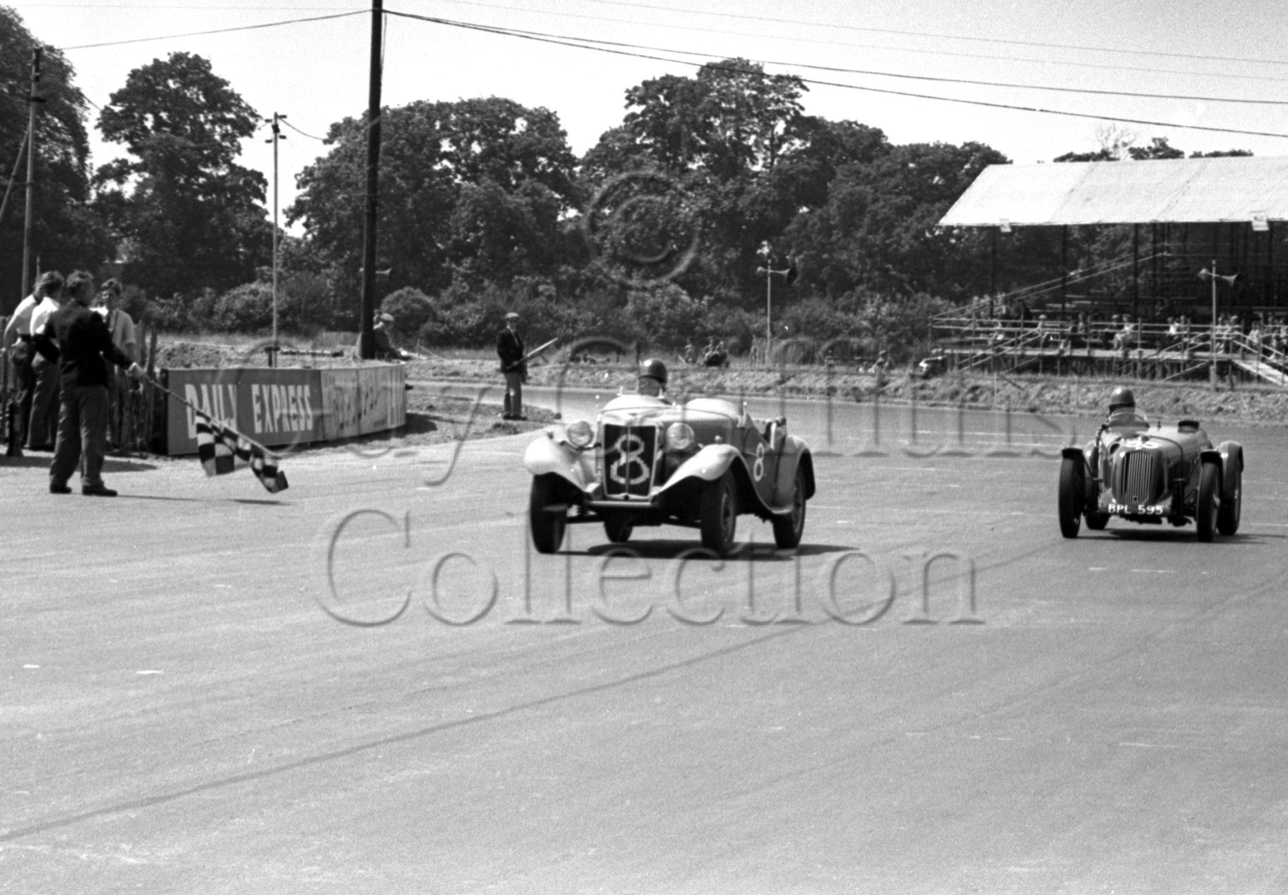 56-673–A-J-Caunt-8–S-A-Mitchell-35–MG–Silverstone–05-06-1952.jpg - Guy Griffiths Collection