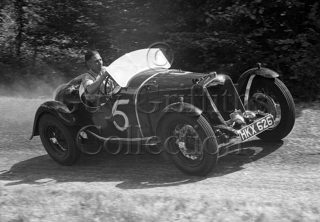 05-394–L-E-Gibbs–Riley–Great-Auclum–26-07-1947–GGC.jpg - Guy Griffiths Collection