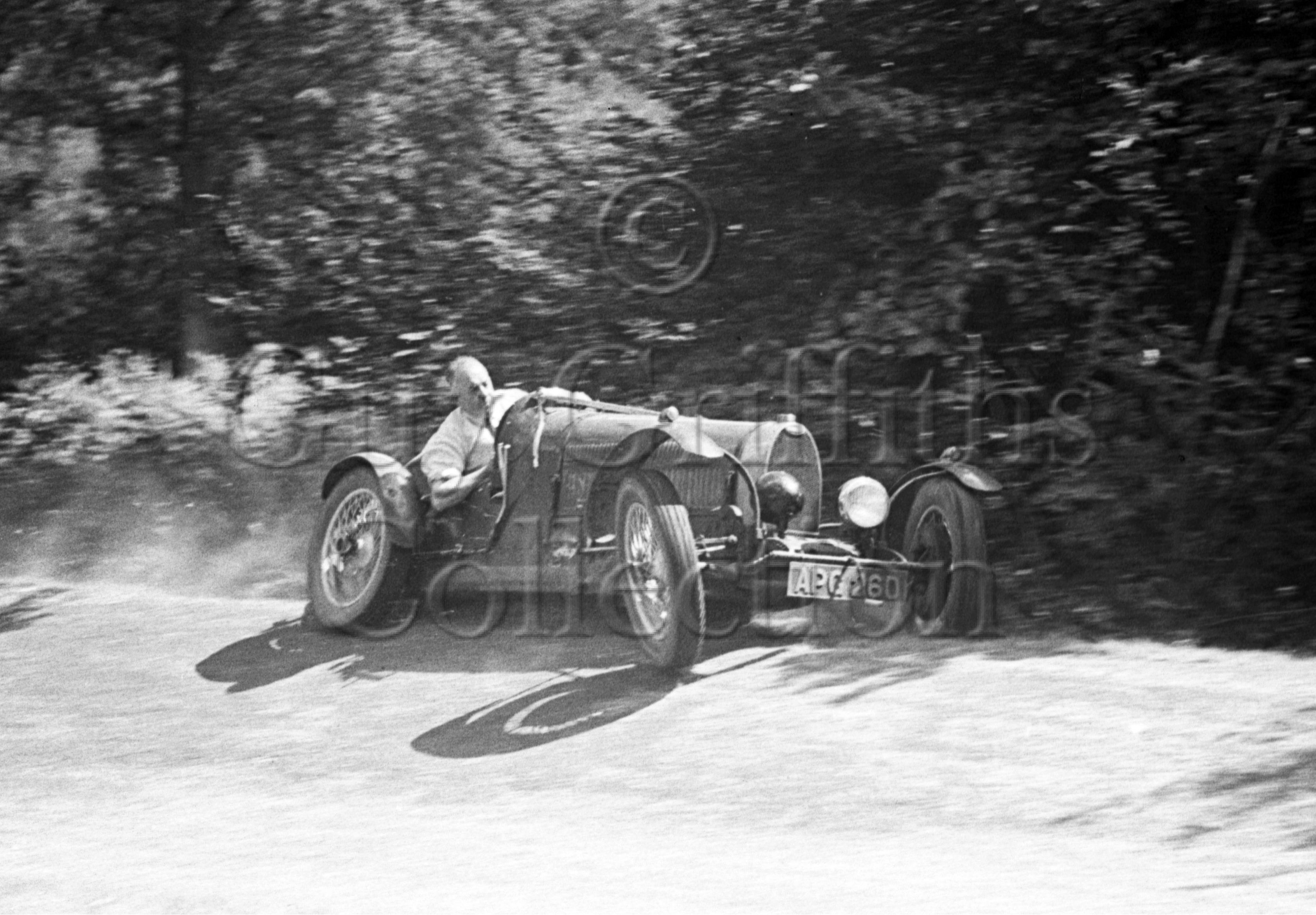05-401–H-N-Edwards–Bugatti–Great-Auclum–26-07-1947.jpg - Guy Griffiths Collection