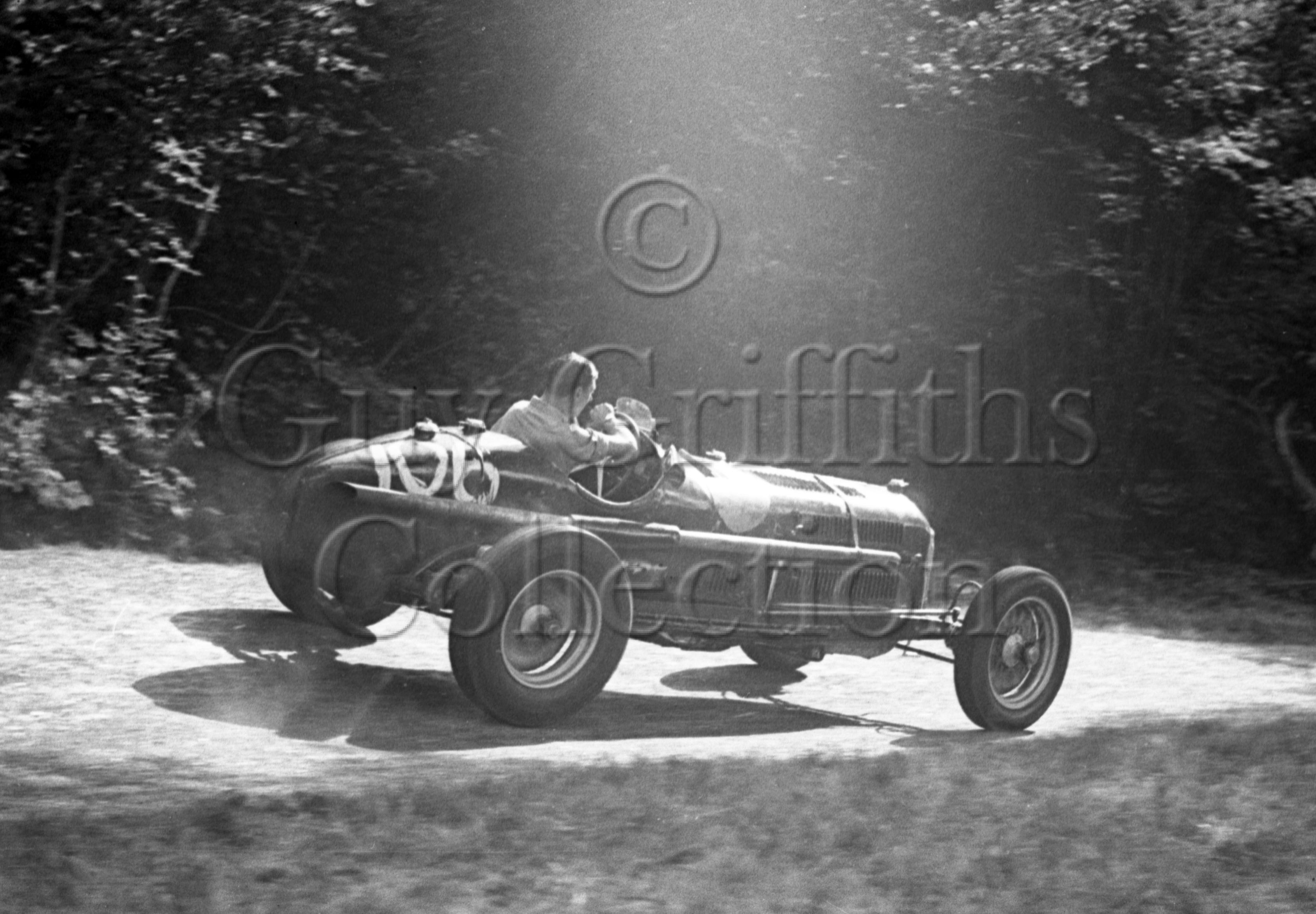 05-512–R-Salvadori–Alfa-Romeo–Great-Auclum–26-07-1947.jpg - Guy Griffiths Collection