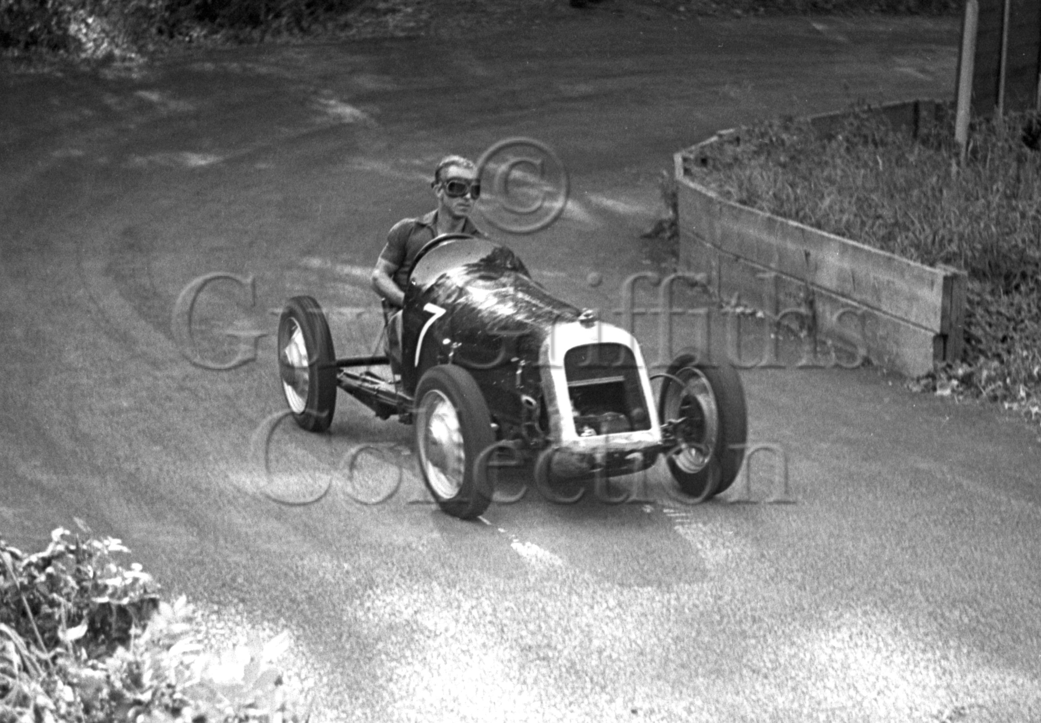 05-994–K-C-Jarvis–Austin–Prescott–30-08-1947.jpg - Guy Griffiths Collection