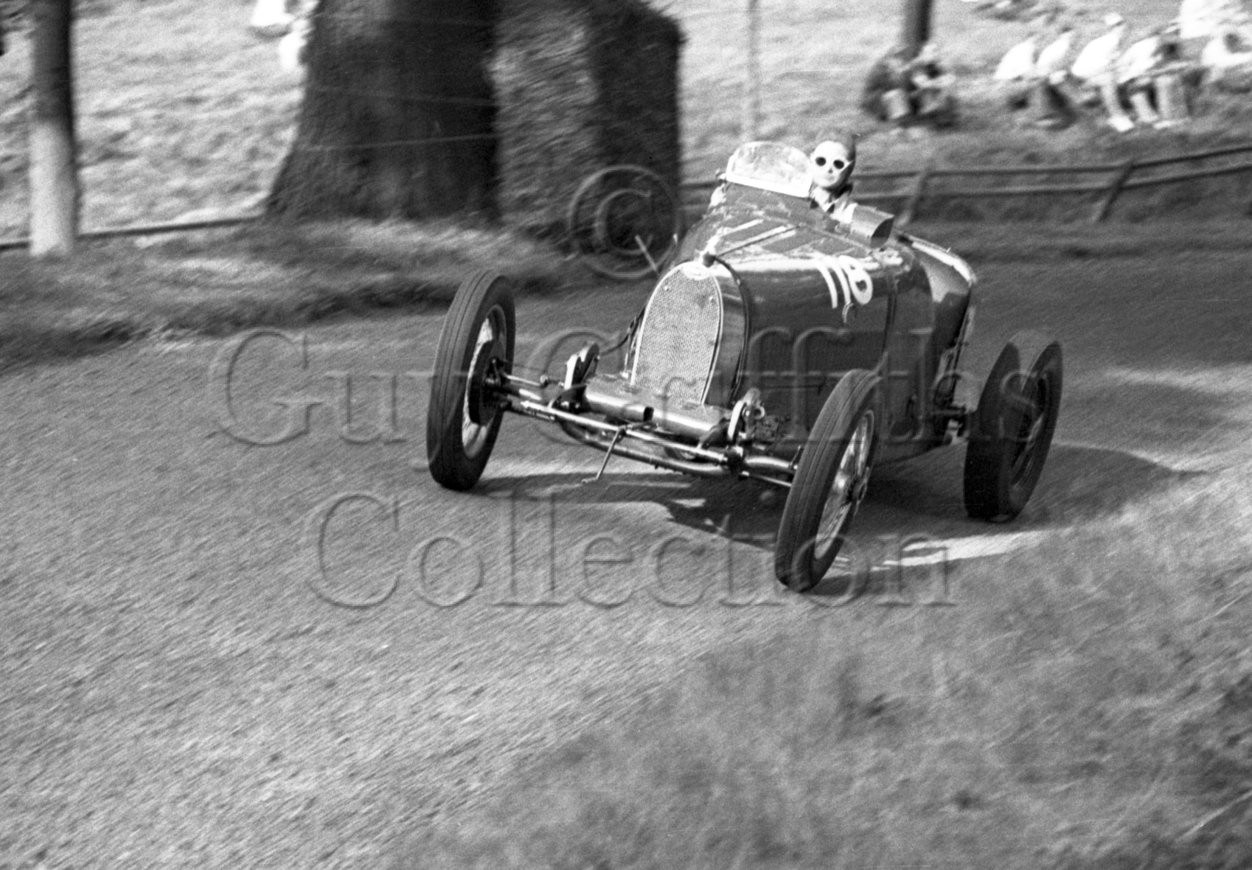 21-363–J-Ching–Bugatti–Great-Auclum–14-08-1949.jpg - Guy Griffiths Collection