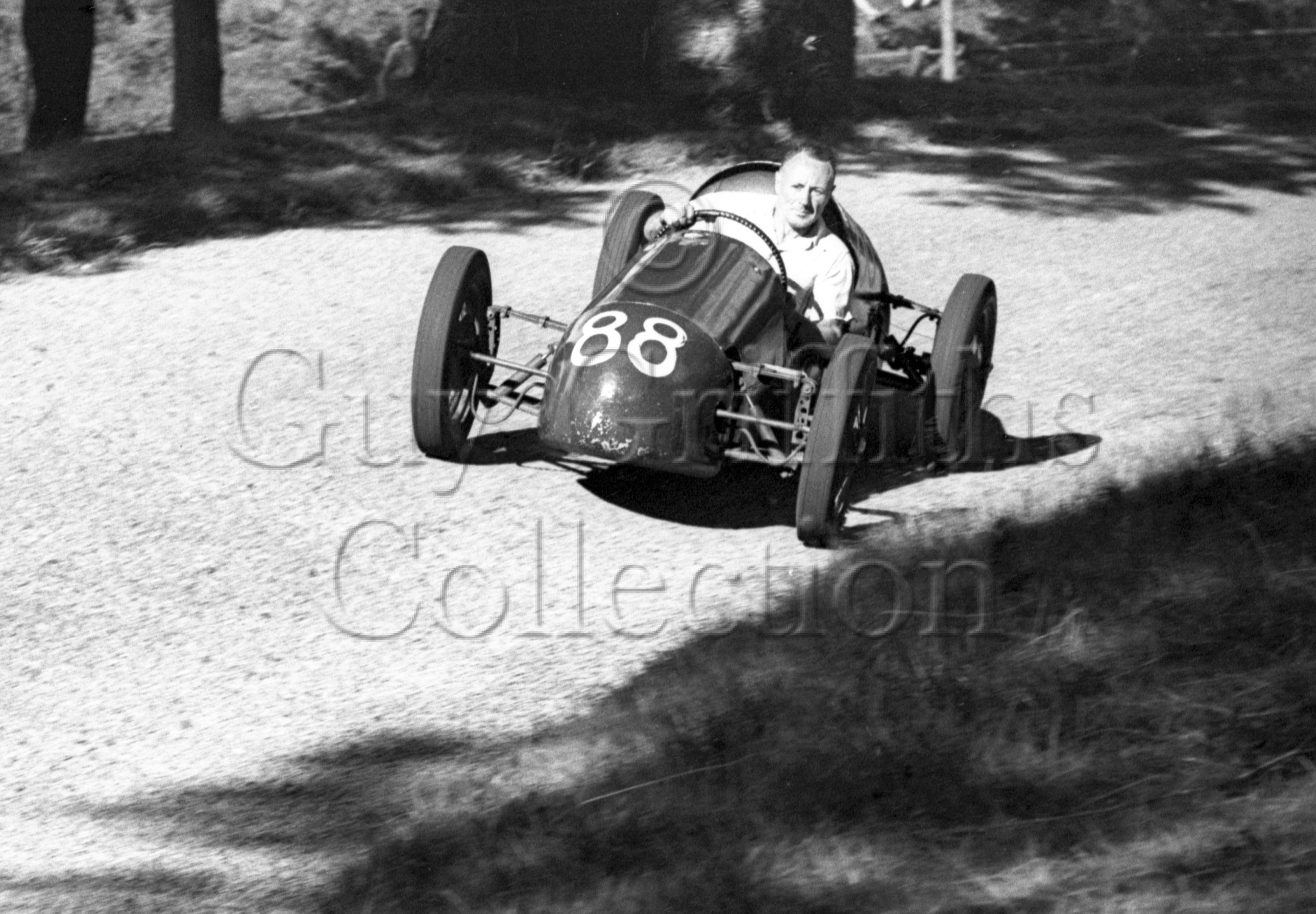 21-425–D-Parker–Parker-Special–Great-Auclum–14-08-1949.jpg - Guy Griffiths Collection