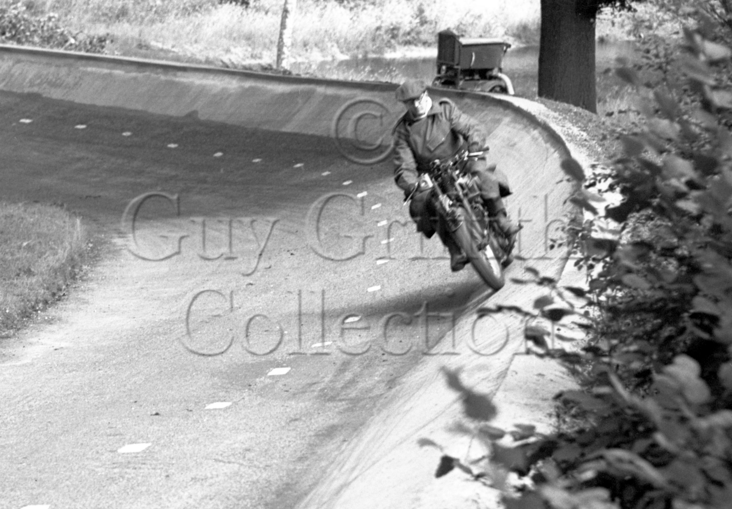 33-943–Motorcycle–Great-Auclum–23-07-1950.jpg - Guy Griffiths Collection