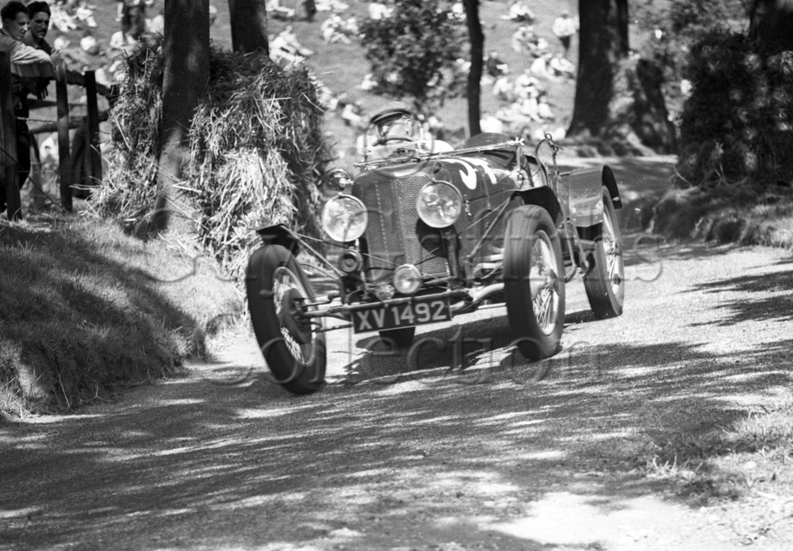 5-721–P-Whittingham–Ford-Bugatti–Great-Auclum–25-07-1948.jpg - Guy Griffiths Collection