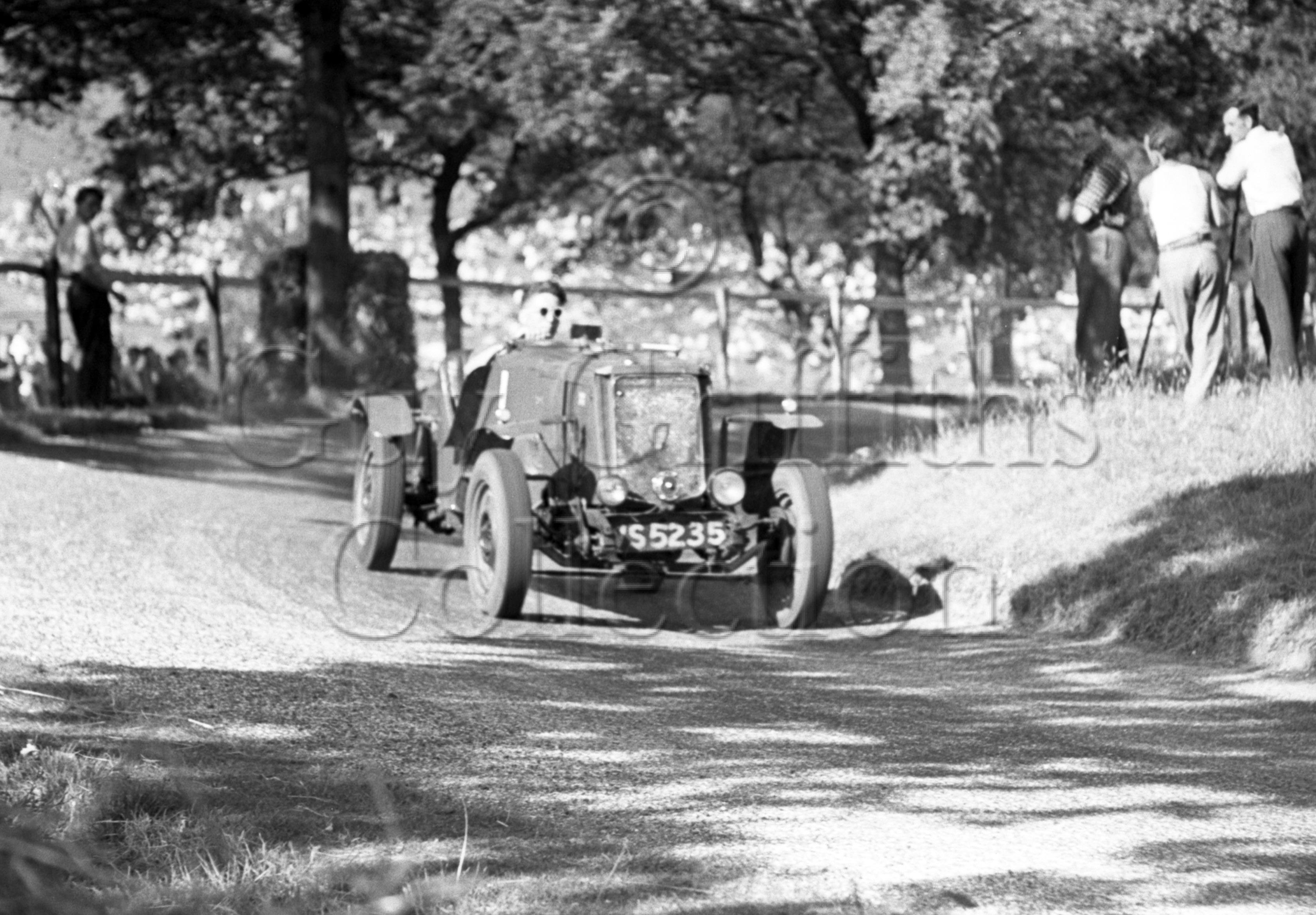 6-71–M-Hopkinson–Wolseley–Great-Auclum–25-07-1948.jpg - Guy Griffiths Collection