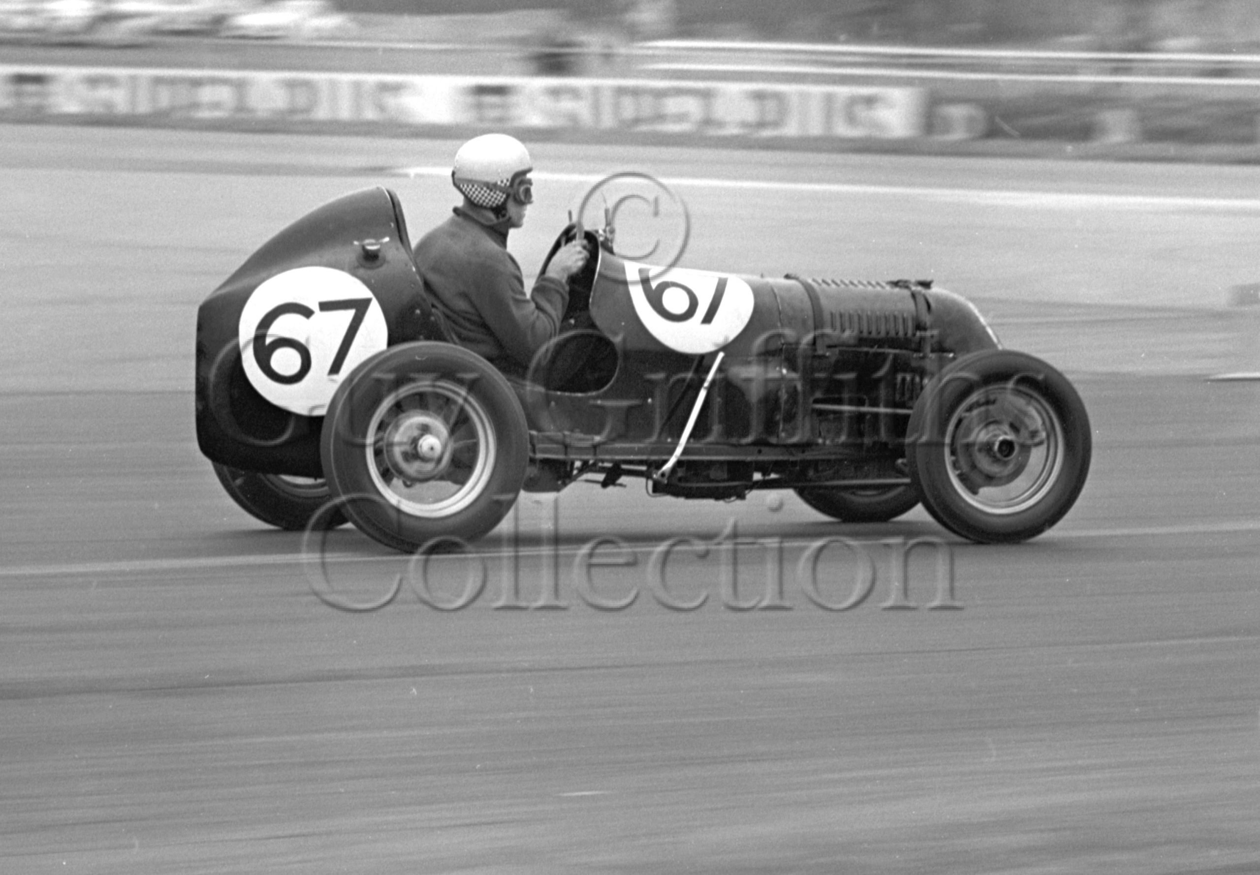 81-276–K-R-Duly–Austin–Silverstone–18-04-1964.jpg - Guy Griffiths Collection